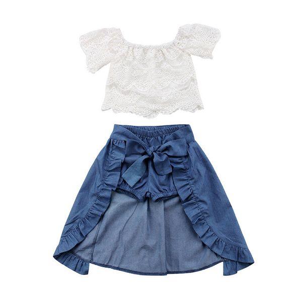 2018 niños de la manera de la ropa de verano fuera del hombro de encaje blanco Tops + Denim Shorts Ruffles Bow falda Outfit Ropa de niños Set Y1892706