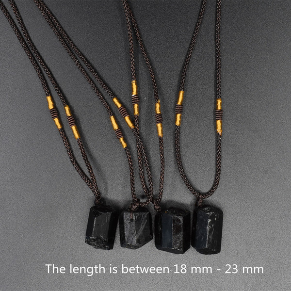 10 / ADET doğal siyah turmalin kolye kolye kaplama kristal kolye çakra kristal şifa taş kolye 18-23mm