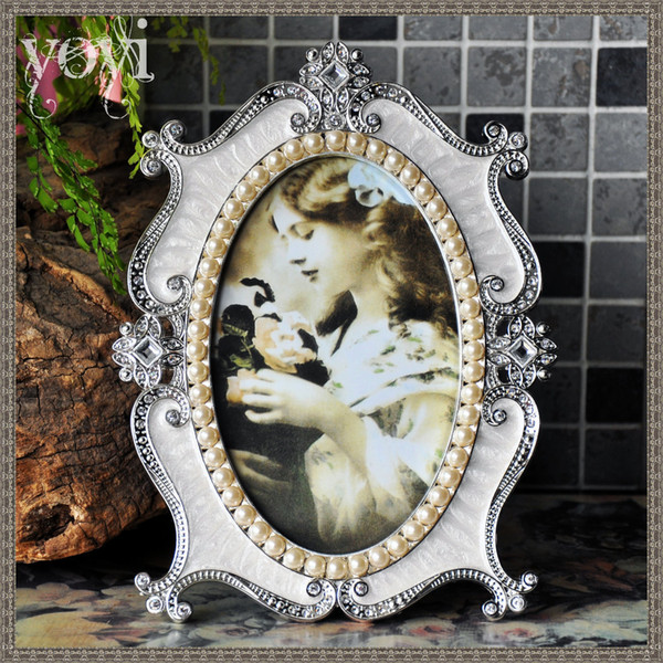 Europe Style Photo Frame Korean Retro Luxury Picture Frame Hotel Home Metal Desktop Wedding Gift Home Decoration 2 Colors M-1859