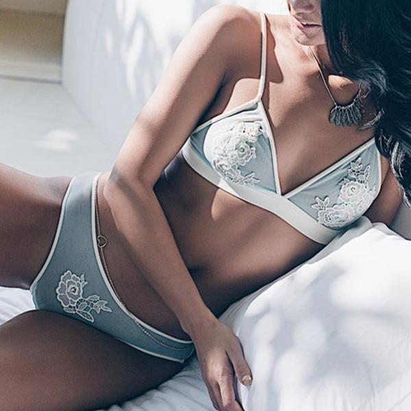 BH-set für frauen 2017 Neue Sexy Frauen Unterwäsche Anzug Ultra Thin Bh Sets Spitze Liebe Herz Dessous Draht Freies Bhs Höschen S1012