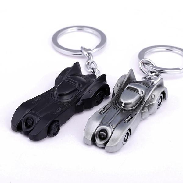 2 Couleurs Le Chevalier Noir Batman Voiture Porte-clés Batmobile Homme V Superman Alliage Pendentif Jouet Porte-clés Batte Homme Porte-clés