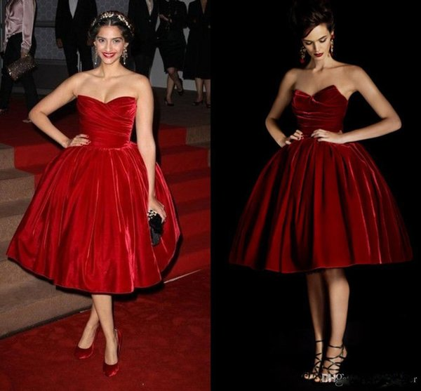 Charming Burgundy Velet Ball gown Short Prom Dress with Sweetheart Ruffle Back Zipper Vintage REd Carpet Evening Dresses