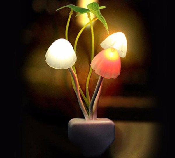 Seta Luminaria LED Novedad Lámpara Plástico Noche Acuática Hoja de loto 2 Tipos Romántico Flash Luz nocturna Lámpara linda Decoración Led Rave Toys