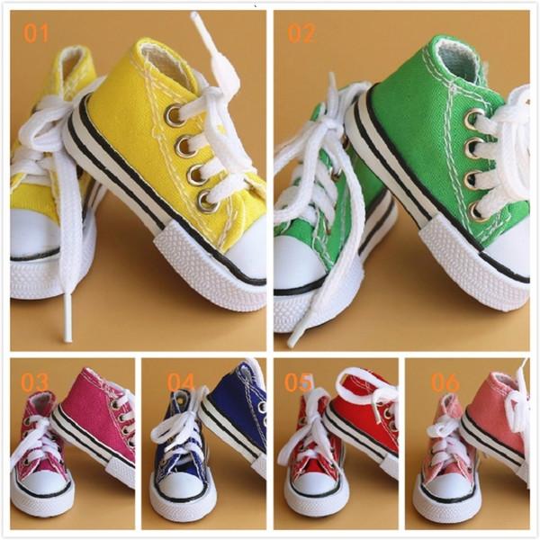 Vendita all'ingrosso 6 colori 3D portachiavi sneaker novità scarpe di tela portachiavi scarpe portachiavi titolare fascino ciondolo borsa