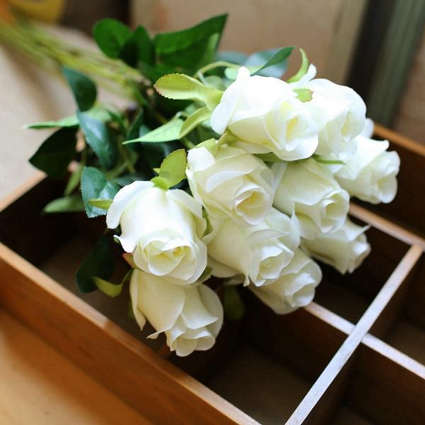 Kunststoff 10 teile / los Hohe Qualität Lebendige Rose Künstliche Blumen Desktop Seidenblume Simulation Gefälschte Pflanze Hochzeit Haushaltswaren Wohnkultur