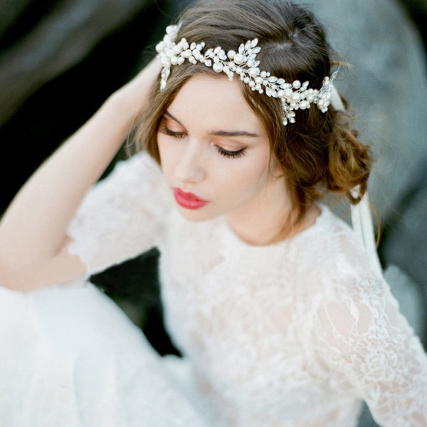 JaneVini 2018 Elegant White Baroque Bridal Headbands Wedding Prom Crystal Pearls Crown Tiaras Hair Accessories Pageant Headpiece Jewelry New