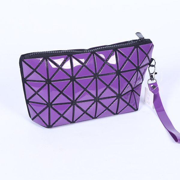 Geometric Laser Zipper Cosmetic Bag Women Luxury Makeup Bag Ladies Cosmetics Organizer Folding Travel Make Up Bag Cosmetic Organizer CNY673