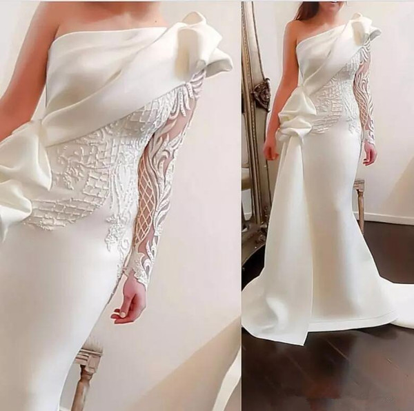 Elegant One Shoulder Mermaid Long Party Prom Dresses 2018 White Long Sleeve Satin Ruched Ruffles Applique Sweep Train Formal Evening Gowns