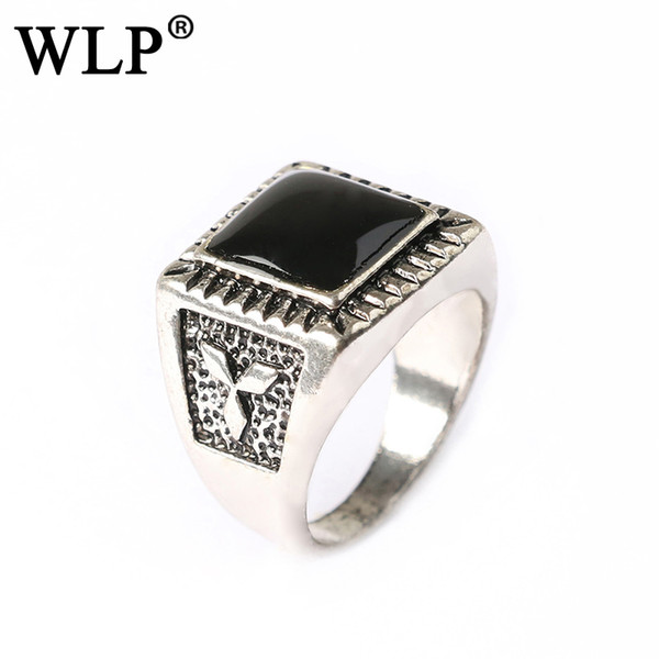 2018 WLP Black Stone Finger Ring Men Antique Sier Color Plate Fashion Vintage Ring Jewelry Big Size Party Classic Rings A1610