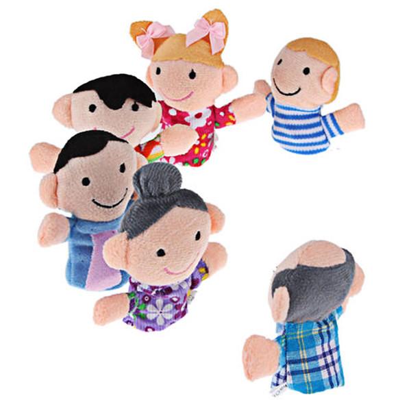 Yüksek Kalite 6 adet / grup El Kukla Aile Parmak Kuklaları Bez Bebek Bebek Eğitim El Hikayesi Teller Çocuk Çocuk Oyuncak El Parmak Oyuncaklar