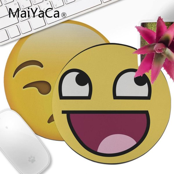 Maiyaca Trippy Alien Emoji Durable Rubber Mouse Mat Pad 200x200mm 220x220mm  Round Mouse Pad Computer Wrist Pads Computer Wrist Rest From Englivy,