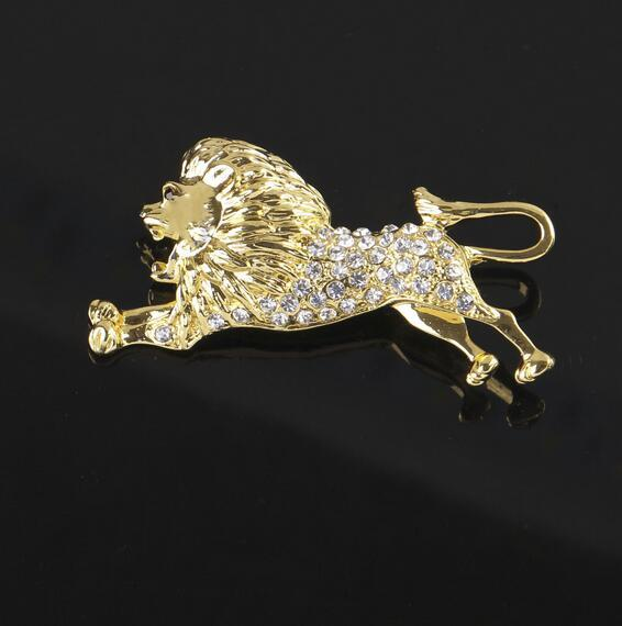 Lovely Gold Tone Animal Lion Brooch Clear Crystal Rhinestone Corsage Lapel Pins Men Suit Shirt Accessory Fashion Jewelry