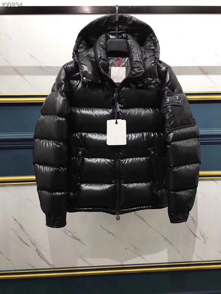 Men Classic brand Casual Down Jacket Shiny matte Down Coats Mens Outdoor Fur Collar Warm Feather dress Unisex Winter warm Coat outwear