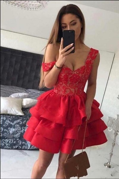 Sexy Hot Red Homecoming Dresses A-Line Sexy V Neck Lace Tiered Short Mini Party Graduation Cocktail Gowns 2018 Homecoming Dress