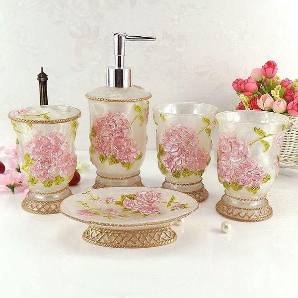 Set de baño de resina de cinco piezas Conjunto de suministros de baño Kit Regalo de boda Artículos de tocador Jabonera Cepillo de dientes Titular