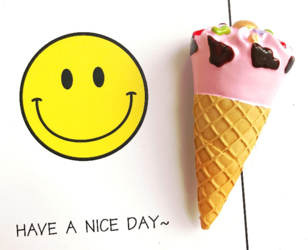 New High Grade Ice Cream Ice Cream Cone 3D Solid Resin Refrigerator Magnet Cute Cartoon Home Decoration Fridge Magnets L256