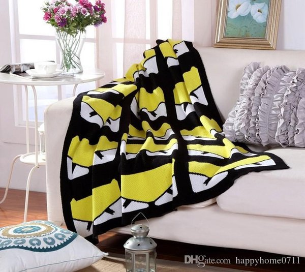 Signature F Throw fashion Monster Pattern Four Seasons Cotton Knit Blanket Blanket Towel Shawl Napkin Blanket Outdoor and Indoor as gift