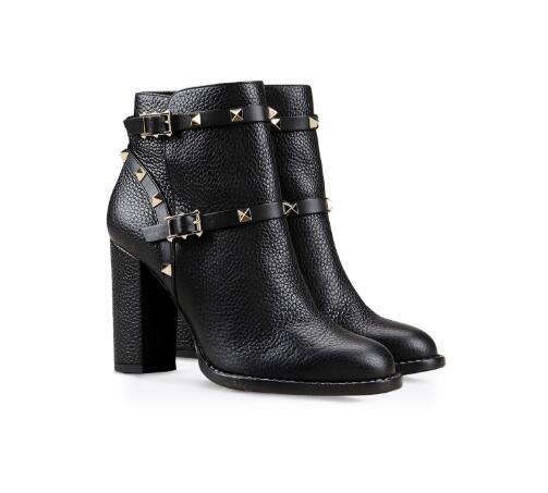 Large Size New Stylish Belt Stud Round Toe Chunky Heel Rivet Embellished Metal Buckle Strap Martin Short Boots Black Women Fashion Shoes