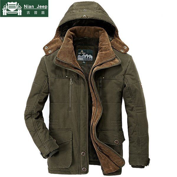 AFS JEEP Marca Thick Winter Parkas Hombres Plus Size 5XL 6XL Algodón Chaqueta Cálida hombres Militar Multi-bolsillo Parkas Hombre Invierno S18101803