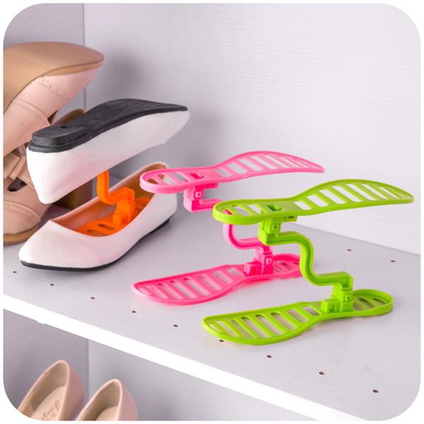 Estante para zapatos de acabado de estilo japonés Arbol de cuidado de zapatos de plástico tridimensional extraíble Los zapatos de marco de acabado de almacenamiento portátiles