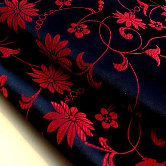 Robe Chinoise Fleur Lotus Vetements Bébé Vêtements Kimono Cos Soie Satin Jacquard Damas Couture Fils Teint dans les fils Largeur: 75cm