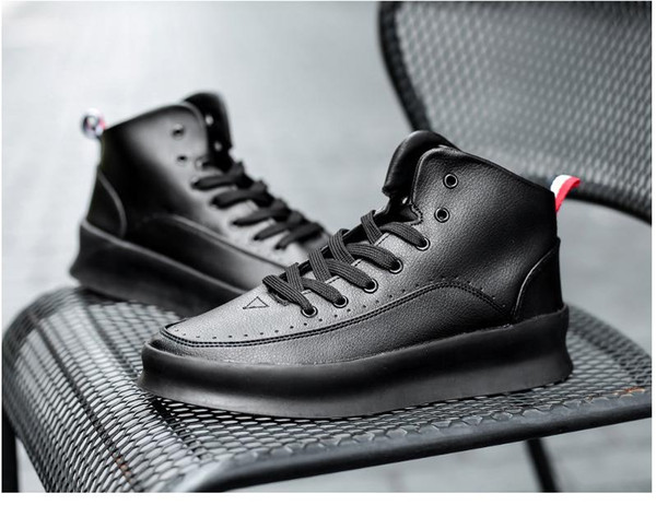 Hot Casual Sneakers For Male White Red Casual Pu Leather Men Shoes High Top Young Designer Sneakers Lace Up Luxury Brand Shoes