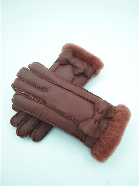 Free Shipping - High Quality Classic Women Casual with Leather Gloves Winter Warm women Wool Gloves