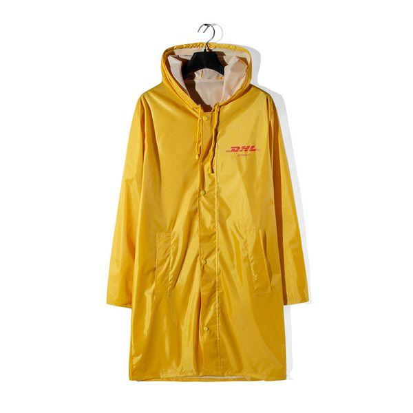 2018ss new DHL Print Yellow Raincoat Jacket Coat Hiphop Streetwear VETEMENTS Windbreaker men Long Style Hooded Jacket Raincoat