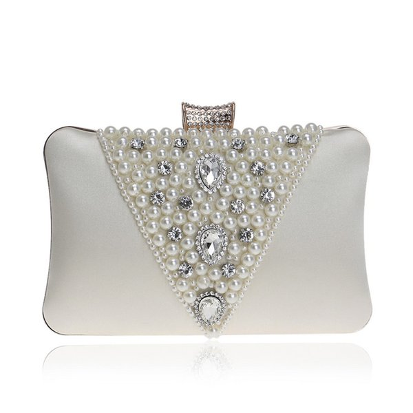 Nouveau Style Vintage Broderie Perlée Femmes Soirée Sacs Diamants En Métal V Design Perle Jour Embrayage Bourse Sacs Pour Femme