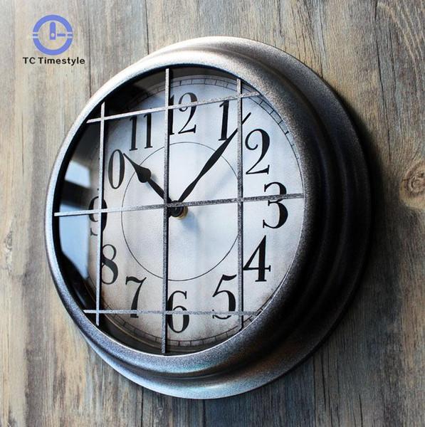 Orologio da parete Heavy Metal Industrial Continental Continental American Personality Creative Bar decorativo appeso a parete orologi