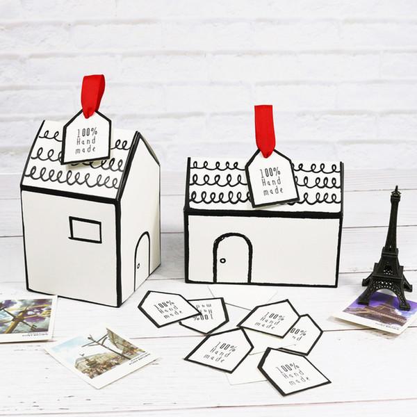 Scatola di imballaggio di carta della piccola casa con i biscotti di Nougat del nastro dell'etichetta