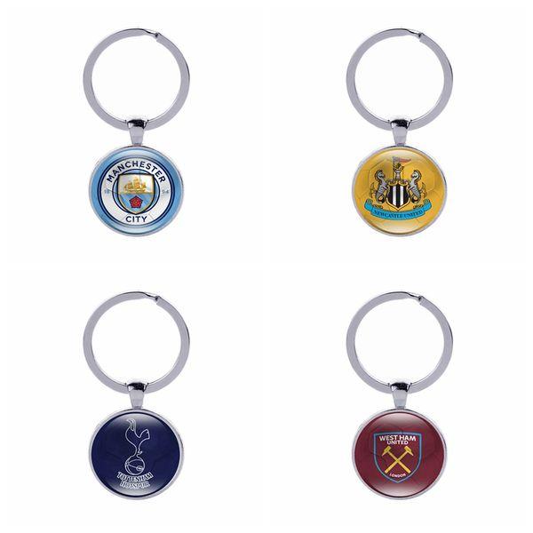 Club de football Porte-clés Fans de football Souvenirs Cadeaux Verre Cabochon Équipes Anglaises Porte-clés de voiture Accessoires Sports Clés de vente en gros