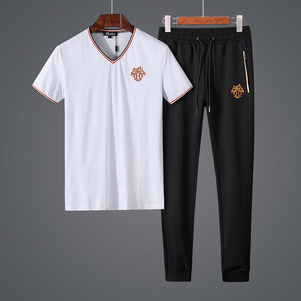 Europe Station Leisure Time Suit Male Summer V Lead Short Sleeve T Pity Man Mercerizing Cotton Ventilation Motion Leisure Time Twinset