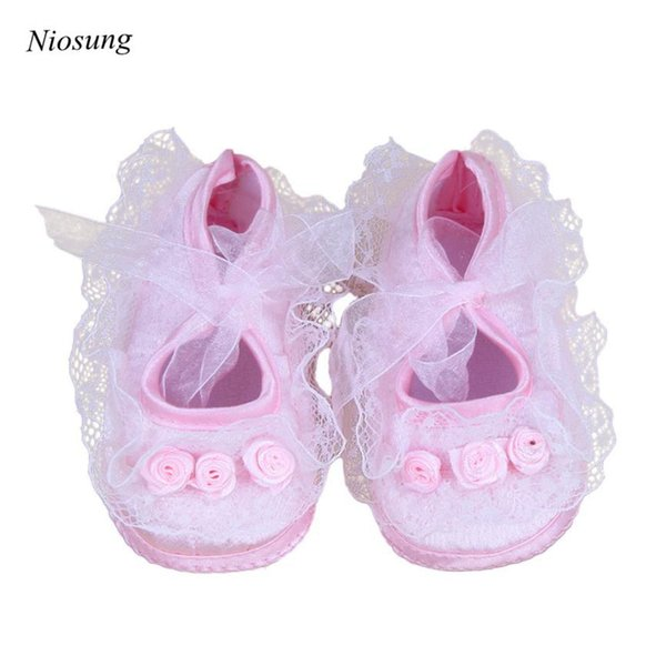 Wholesale- Niosung Lovely Toddler Baby Pre-Walker Shoes Rose Flowers Newborn Baby Shoes Soft Princess Baby Shoes White&Pink v