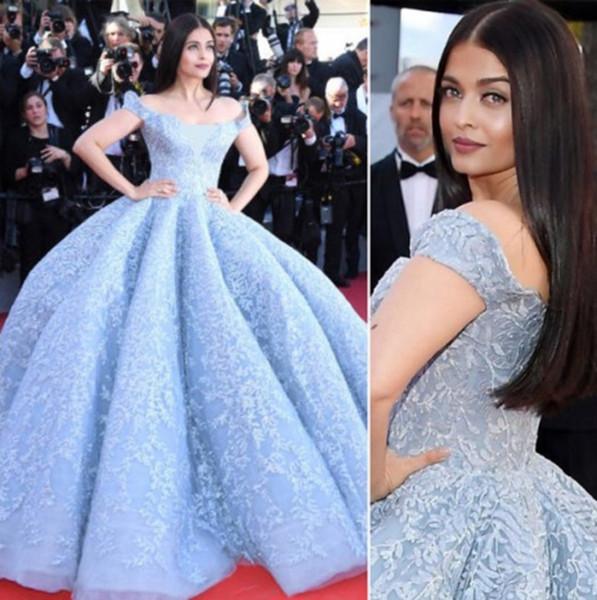 2019 Luxury Blue Lace Appliques Ball gown Abiti da sera Sweetheart Off spalla Lungo Celebrity Dress Zuhair murad Abiti da sera Plus Size