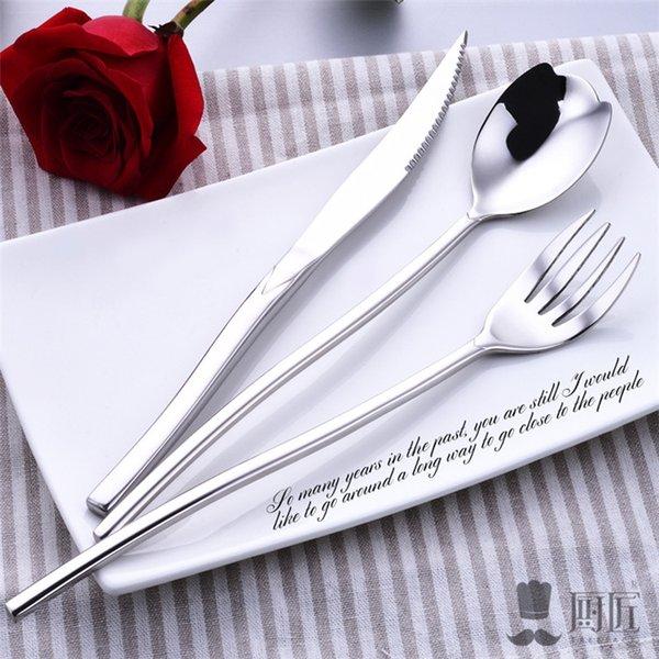 Ensembles de coutellerie en acier inoxydable de mariage Ensembles de vaisselle 3pcs d'acier Ensembles de coutellerie en acier inoxydable Design Rose fantaisie