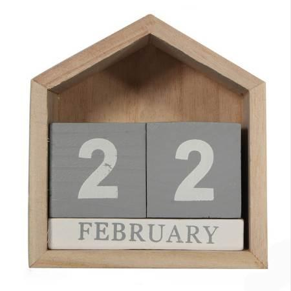 top popular Vintage Design House Shape Perpetual Calendar Wood Desk Wooden Block Home Office Supplies Decoration Artcraft 2020