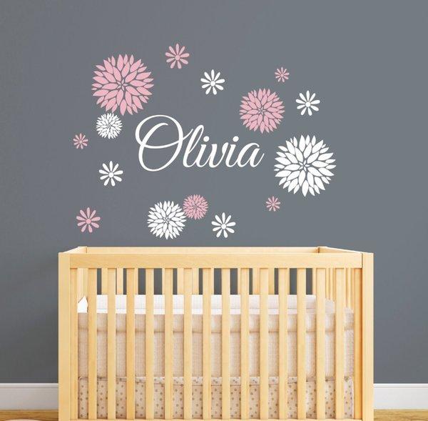 Großhandel Blume Gemustert Mit Benutzerdefinierten Mädchen NAME Baby  Kinderzimmer Schlafzimmer Art Decor Wall Sticker Vinyl Abnehmbare  Personalisierte ...