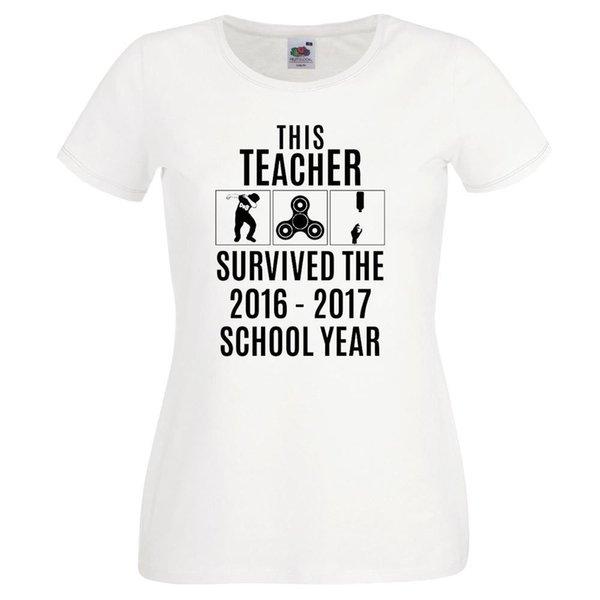 Lehrer-T-Shirt überlebte Schuljahr-lustiges Neuheits-ideales Geschenk-Frauen-T-Shirt