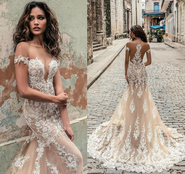 Mermaid Lace Wedding Dresses 2019 Off Shoulder Sheer Strap Appliques Tulle Bridal Formal Gown with Court Train Short Sleeve Wedding Dress