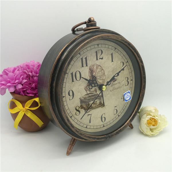 Bedroom Bedside Alarm Clock Antique Metal Round Table Clock Home Room Decoration Arts and Crafts wen6792