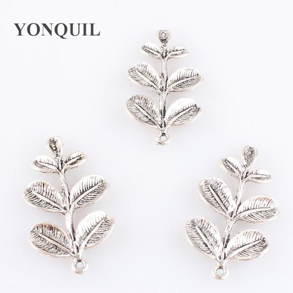 2018 Vintage 24 adet / grup toptan yaprak broş pins aşk düğün takı kadınlar için pimleri ve broşlar çiçek kampanula -chehol broches SYBB54