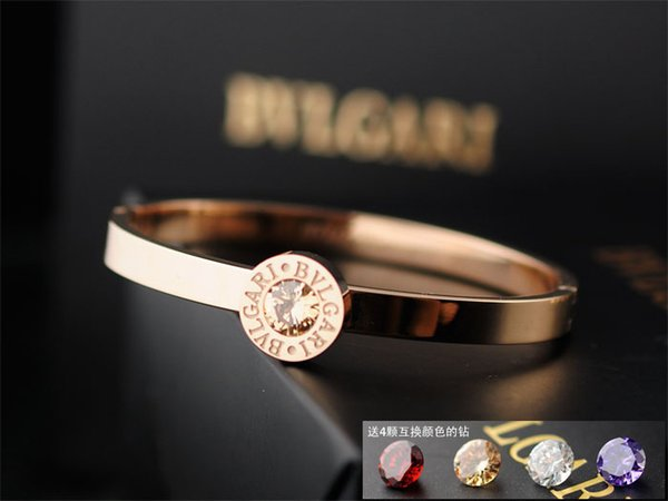High Quality Celebrity design Letter Metal Buckle diamond bracelet Fashion Metal Clover Cuff bracelet Jewelry With Box