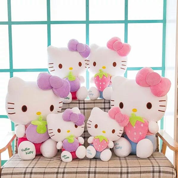 A cat with a medium and lovable type.Widely used for gifts and decorative carsA small gift of practical use