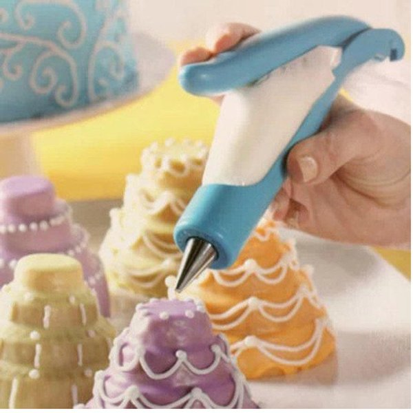 Hot 1 PCS Dessert Decorators Nozzles Set Tool Icing Piping Cream Syringe Tips Muffin Cake Pastry Pen Cake Decoration