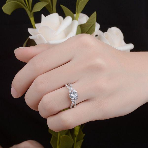 Anello in argento sterling 925 Zircone con borchie Geometric Vintage Love Heart Anello romantico per dito croce per gioielli da donna