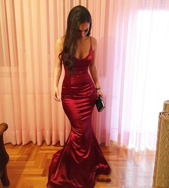 Sexy Spaghetti Mermaid Evening Dresses Dark Red Fuffles Taffeta Backless Prom Dress Sweep Train Formal Backless Party Gowns for Night Dinner