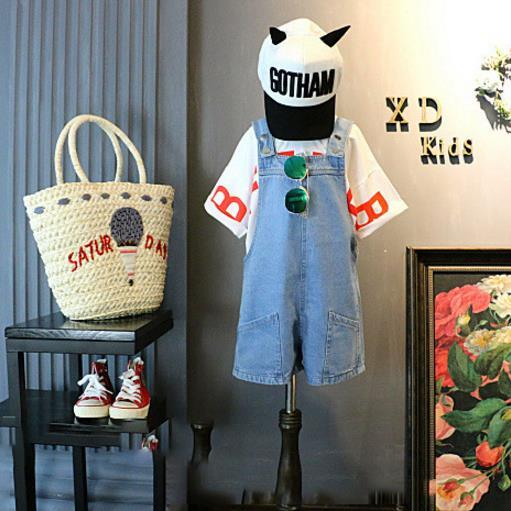 Baby girls kids Two Piece suit 2018 Korean version of the new children's letter bottoming shirt t shirt + denim bib casual two-piece Z0075
