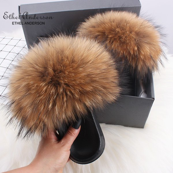 best selling Ethel Anderson Real Fox Fur Slides Slippers Lady Natural Raccoon Flip Flops Fluffy Fur Sandals Plush Shoes Amazing Present T200106
