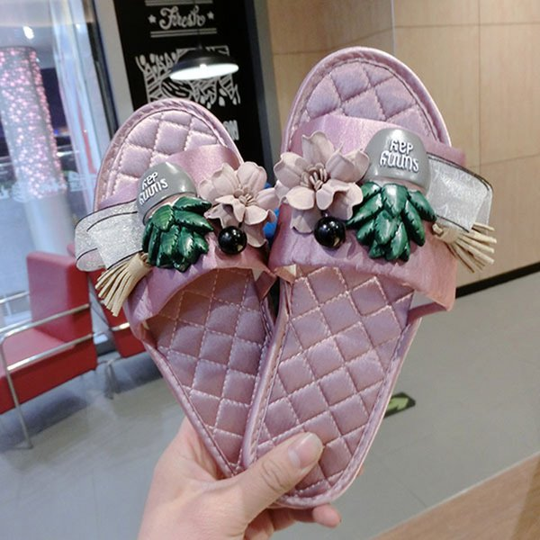Women Designer Sandals Cozy Home Slippers with Famous Brand Flip Flops Slip on Plus Size